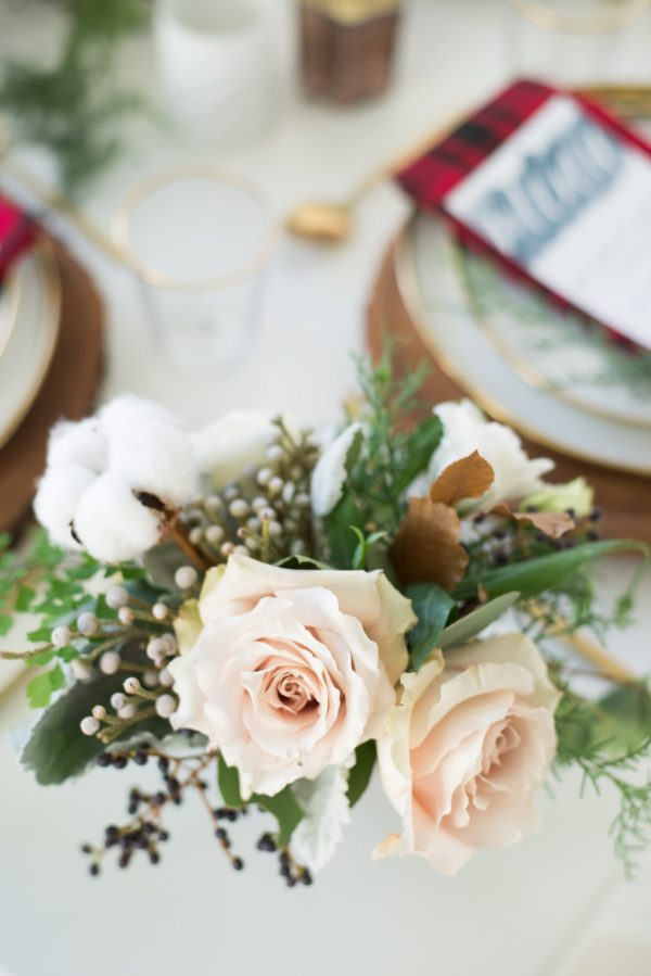 holiday tablescape florals